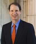 Sen. Wyden urges HHS-FDA to issue interim final rule for lawful use of CBD in food and dietary supplements